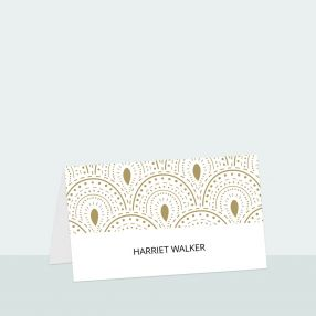 scallop-border-place-card