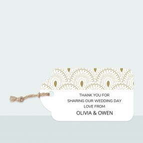 scallop-border-favour-tag