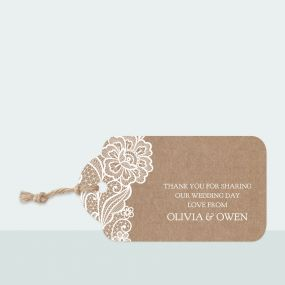 traditional-rustic-lace-favour-tag